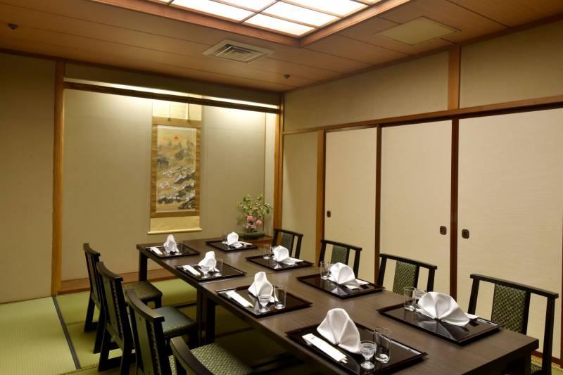 日本料理 山茶花 10月より毎日営業いたします